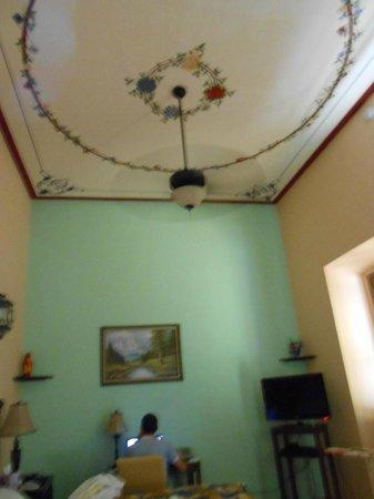 Casa Alebrijes Hotel:                   Room 8 second floor