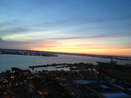 Manchester Grand Hyatt San Diego:                                     View from bayside room on 18th floor--evening