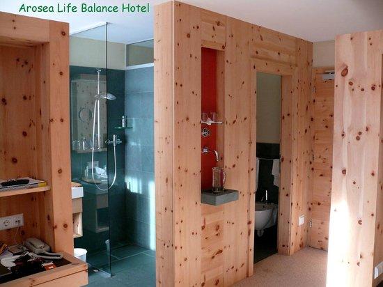 AROSEA Life Balance Hotel:                   particolare della stanza