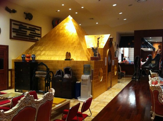 King Spa & Sauna:                   The Golden Triangle sauna