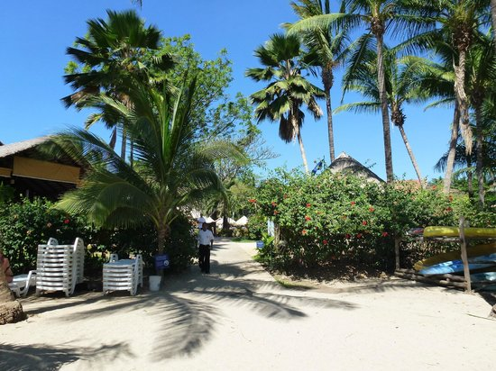 Occidental Tamarindo:                   Entrance from beach back into resort area
