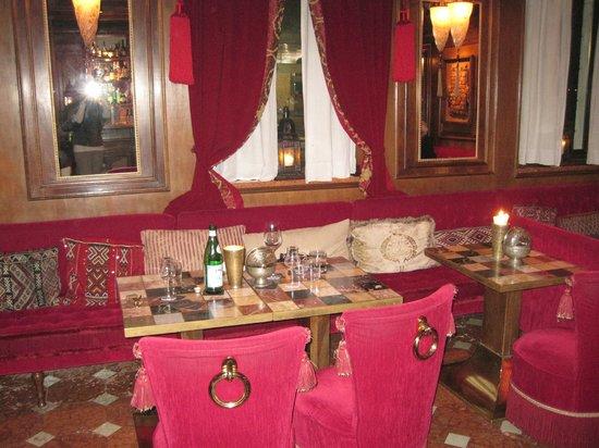 Metropole Hotel:                   The Bar