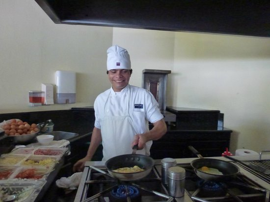 Barceló Langosta Beach:                   Alexander the GREAT Omelette station man!