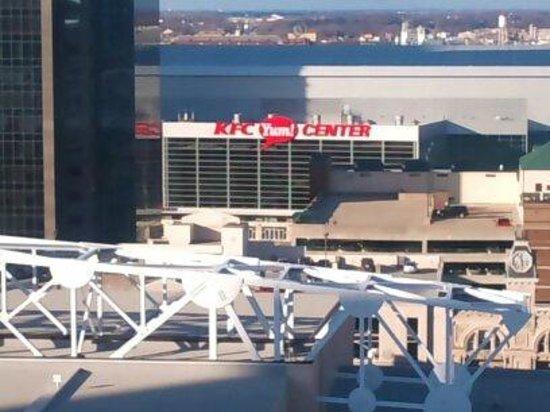 Louisville Marriott Downtown :                   the yum center