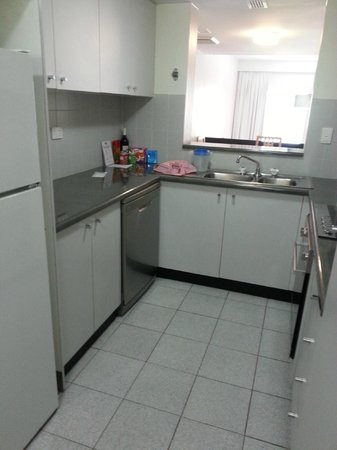Medina Serviced Apartments North Ryde:                                     Kitchenette