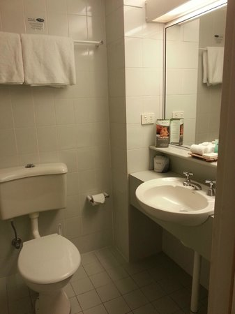 Medina Serviced Apartments North Ryde:                                     Bath