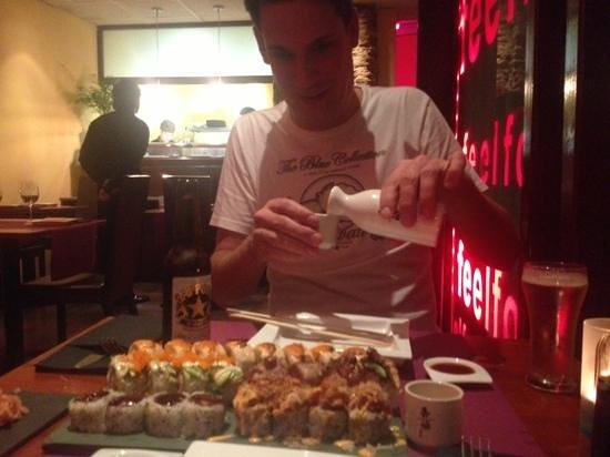 Restaurante Asako:                   Hopsaké!