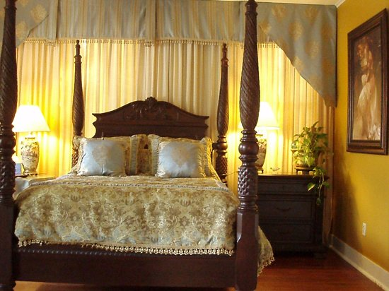 Natchitoches, LA: Henry Guest Room