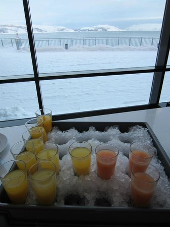 Thon Hotel Kirkenes:                   Cold drinks