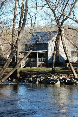 Oh em gee review of sunrise river cabins for Mobili cabina blairsville ga