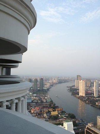 lebua at State Tower:                   view from balcony