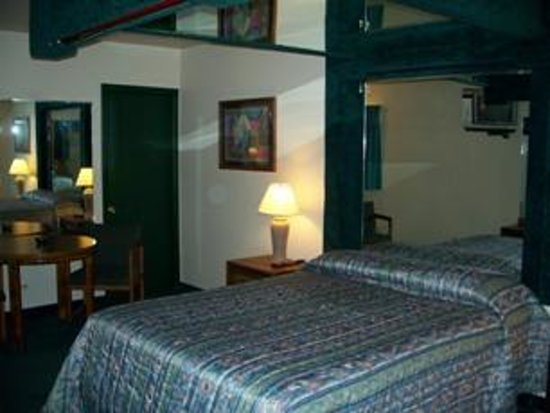 Rand Manor Motel Photo