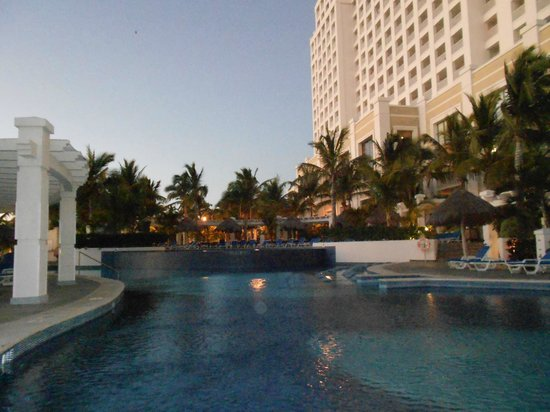 Hotel Riu Emerald Bay:                   the pools are huge!