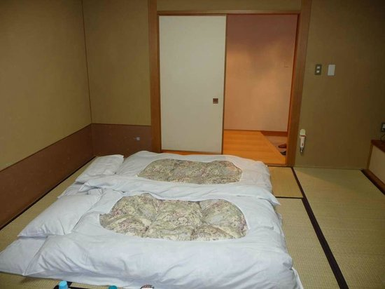 Gora Ichinoyu:                   Sleeping - Futons