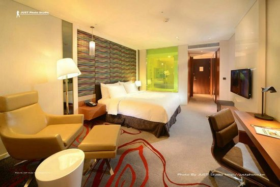 Fleur Lis Hotel