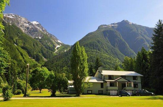 Bella Coola's Eagle Lodge