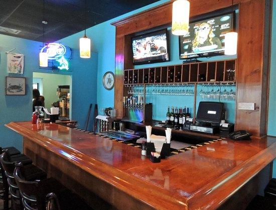 Saltwater Grill:                   Bar