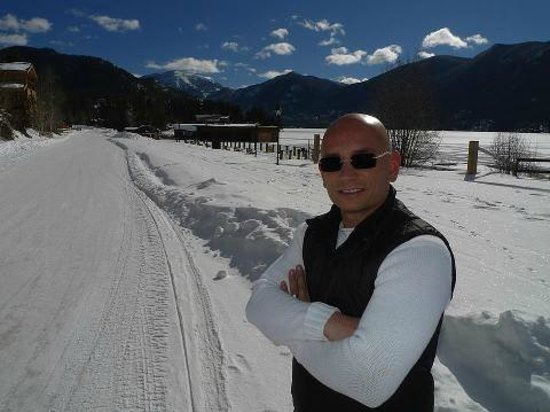 Western Riviera Lakeside Lodging & Events: Anthony Melchiorri, host of Hotel Impossible, in Grand Lake