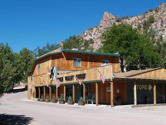 Eagle Valley Resort