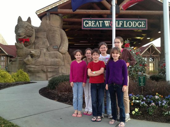 Great Wolf Lodge Water Park:                   After a great couple days!