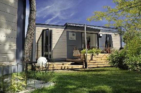 Bossee, Prancis: cottage