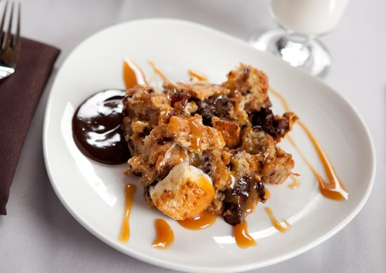 Perigee Restaurant: Smores Bread Pudding... the campfire classic Hershey's chocolate, marshmallows, and bread puddin