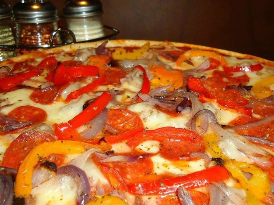 Pizzeria Bombola Burgers & Brews 사진