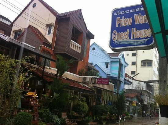 Priew Wan Guesthouse:                   Hanging out at the common area on a rainy Patong day