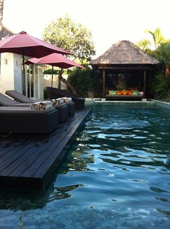 Chandra Luxury Villas Bali:                   3房1戶的游泳池