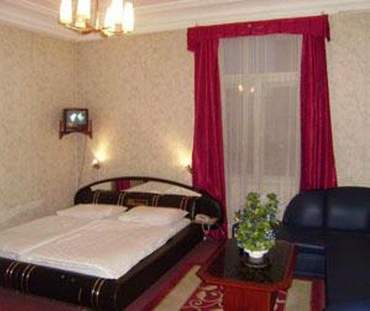 Hotel Pension Adria Photo