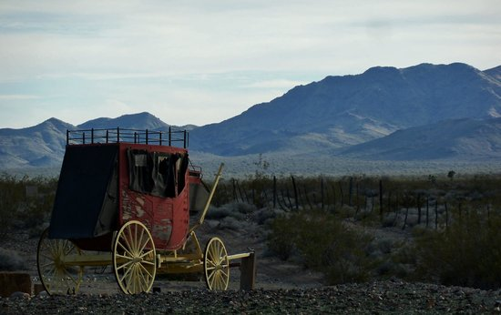 ستيدجكوتش ترايلز جيست رانش:                   From corral looking West                 