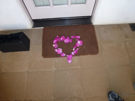 The Cottage Inn & Spa:                   Heart out of rose petals