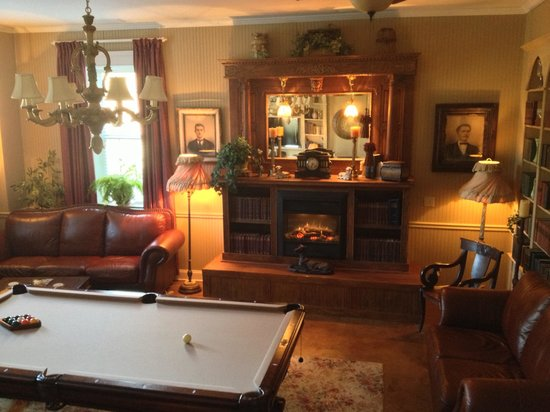 Andover Plantation:                                     Billiard room