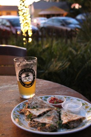 Peg's Cantina:                   Pulled Pork Quesadillas and a Pint