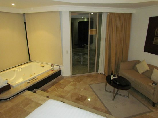 The Grand at Moon Palace:                   Villas Room