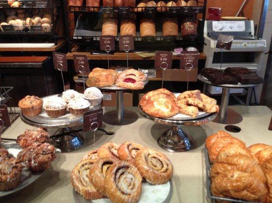 Panera Bread:                   muchos dulces