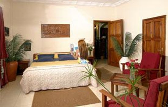Hotel Emeraude Foto