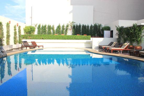 دوسيت دي 2 تشيانج ماي: pool