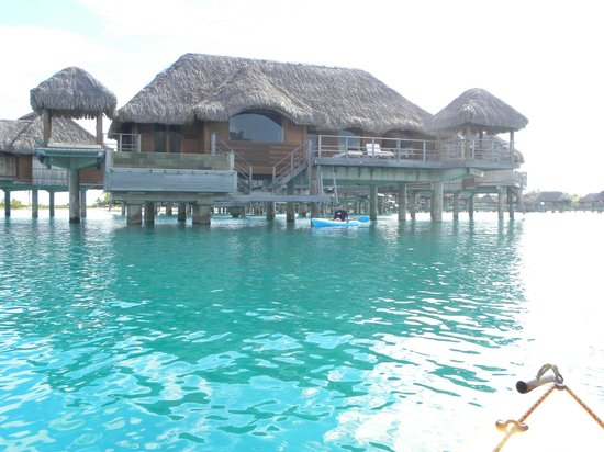 Four Seasons Resort Bora Bora:                   Bungalow 130