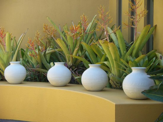 Xandari Resort & Spa:                   Pots along the wall