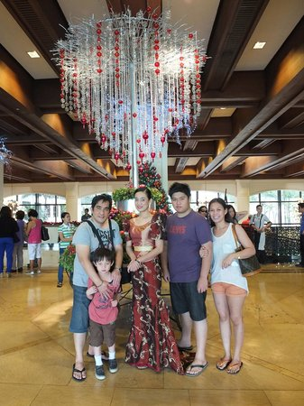 Sofitel Philippine Plaza Manila:                   our christmas holiday