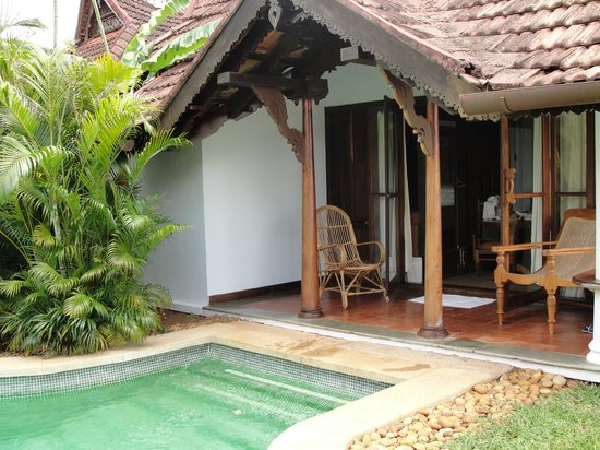 Kumarakom Lake Resort:                   Meandering pool villa