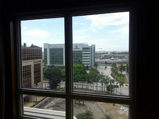 Manila Marriott Hotel:                                     view from 7th floor.