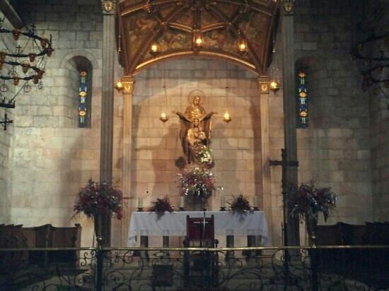 Santa Anna Church :                   Santa Ana