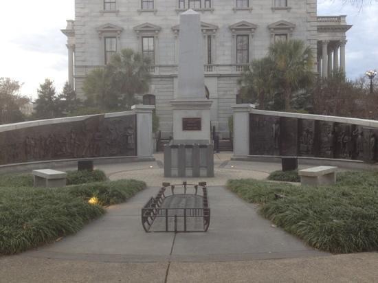 South Carolina State House:                   statue