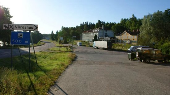 Stavsjö Kolmården Hostel:                   View to the main road and lake