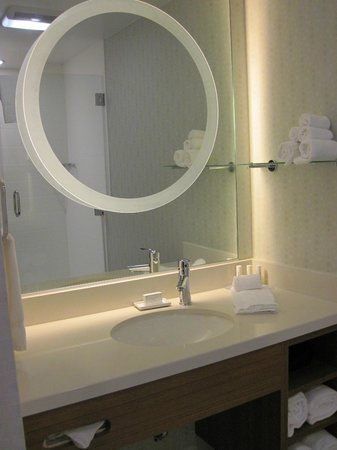 SpringHill Suites Houston The Woodlands:                   Nice modern bathroom touches