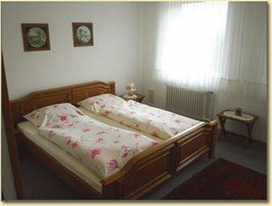 pension zum weissen schwan schleswig mit preisen tripadvisor. Black Bedroom Furniture Sets. Home Design Ideas