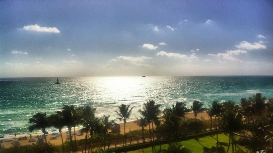 Four Points by Sheraton Miami Beach:                                     View from the balcony of the ocean-view room.