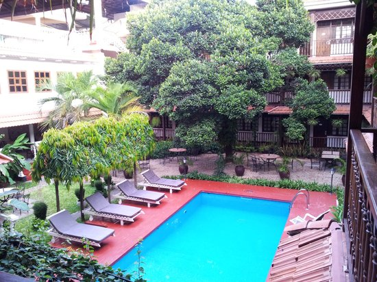Protea Hotel by Marriott Dar es Salaam Courtyard:                   Pool